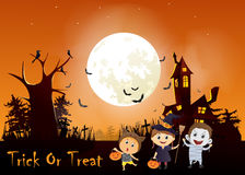 Illustration of children trick or treating in Halloween costume Royalty Free Stock Photography