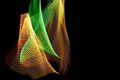 illustration 3d Abstrakta f?rgrika linjer p? neutral bakgrund av svart f?rg Korsade modeller som bildar tredimensionell bild royaltyfri illustrationer