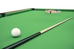 Illustration 3D Billardkugeln auf grüner Tabelle mit Billardstock, Snooker, Poolspiel, Billardkonzept Lizenzfreie Stockbilder