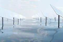 illustration 3D de grands panneaux solaires sur la mer, l'océan ou la rivière Réflexion des nuages sur les cellules photovoltaïqu Image libre de droits