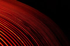 illustration 3D Lumi?res abstraites rouges sur le fond noir Mod?les incurv?s constitu?s par des lignes Conception futuriste illustration libre de droits