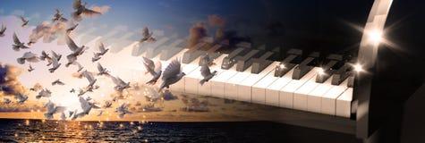 Illustration 3d von schwarzen Flügelsschlüsseln Lizenzfreies Stockfoto