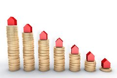 Illustration 3d: Wiedergabe der hohen Qualität: Hypothekenkonzept Rote Häuser auf Stapeln der goldenen Münzen lokalisiert auf wei Lizenzfreie Stockfotografie