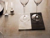 Illustration dans le rétro style, dans le restaurant Photos stock
