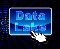 Illustration data See-Digital Datacenter Wolken-3d lizenzfreie abbildung