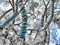 Illustration de bande dessinée d'arbre coloré avec la vue d'angle faible et de ciel à l'arrière-plan photos libres de droits