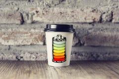 Illustration de batterie sur la tasse de papier Image libre de droits