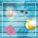 Illustration de vacances d'été de vecteur Objets d'été sur le fond en bois bleu Photo stock