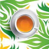 Illustration de vecteur de tasse de thé noir Thé sur le fond vert et jaune floral Image stock