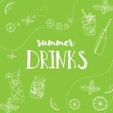 Illustration de vecteur des boissons tirées par la main d'été Affiche de lettrage sur le fond vert clair avec des tranches de cit illustration libre de droits