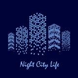 Illustration de ville de nuit avec des gratte-ciel Photographie stock libre de droits