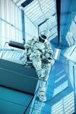 Illustration der Sciencefictionssoldatwartehaltung 3d Lizenzfreies Stockfoto