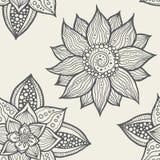 Illustration des nahtlosen von Hand gezeichneten Blumenmusters Lizenzfreies Stockfoto
