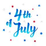 Illustration des Unabhängigkeitstag-Vektor-Plakats 4. der Juli-Papier-Beschriftung auf weißem Hintergrund mit Sternen und Konfett Stockbilder