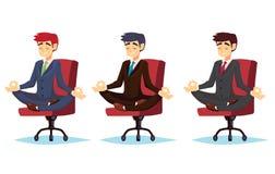 Illustration einer Ruhe, lächelnden und meditierenden des Geschäftsmannes jungen Karikaturgeschäftsmannsitzens im Schneidersitz i stock abbildung