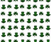 Illustration eines St. Patrick Day Background Nahtloses Muster mit Klee und Hut lizenzfreie abbildung