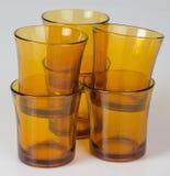 Illustration EPS-10 Leere Glasschale auf einem Hintergrund Lizenzfreie Stockfotos