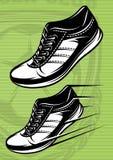 Illustration med en uppsättning av rinnande skor på ett grönt fotbollfält Arkivfoto