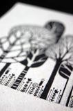 Illustration mit Bäumen und Blumen Lizenzfreies Stockfoto