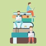 Illustration plate de vecteur des personnes s'asseyant sur les grands livres et lisant pour l'éducation d'individu Illustration d Image stock