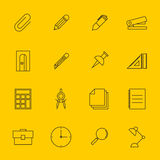 Illustration réglée de vecteur d'icône d'ensemble de papeterie d'éducation Photographie stock libre de droits