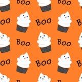 Illustration sans couture de modèle de Halloween de fantôme de bande dessinée drôle mignonne de petit gâteau Image libre de droits