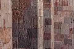 Illustration sur les piliers dans Teotihuacan, Mexique Image libre de droits