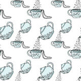Illustration teapot and cup, hand drawn. Necklace and beads. Seamless pattern. Royalty Free Stock Photography