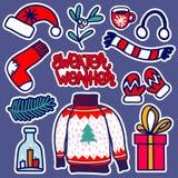 Illustration tirée par la main d'un usage tricoté par Noël : le chapeau du ` s de Santa, chaussette, l'écharpe, mitaines avec un  photographie stock libre de droits