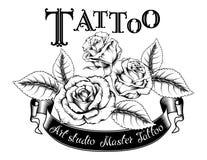 Illustration tirée par la main de vecteur de logo de tatouage avec des roses illustration libre de droits