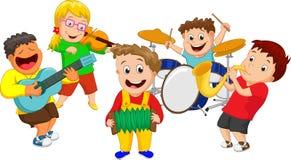 Illustration von den Kindern, die Musikinstrument spielen Stockfoto