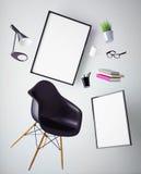 illustrationen 3D av affischen inramar upp mallen, workspaceåtlöje, Royaltyfri Foto
