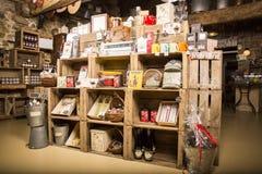 Illustrativ redaktörs- bild Matvaruaffär shoppar i Normandie, Frankrike Royaltyfri Bild