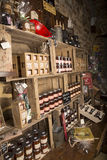 Illustrativ redaktörs- bild Matvaruaffär shoppar i Normandie, Frankrike Royaltyfri Foto