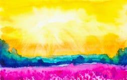 Illustrazione astratta dell'acquerello di bello campo del papavero con una foresta nei precedenti illustrazione vettoriale
