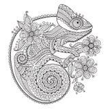 Illustrazione in bianco e nero di vettore con un camaleonte nei modelli etnici Immagini Stock