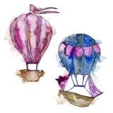 Illustrazione blu e rosa del trasporto aereo della mosca del fondo delle mongolfiere Immagini Stock
