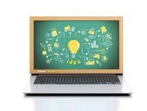 illustrazione 3D Computer portatile con la lavagna su fondo bianco Fotografia Stock Libera da Diritti