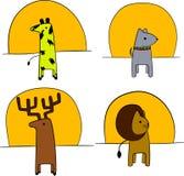 Illustrazione degli animali davanti al tramonto Immagini Stock