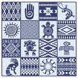 Illustrazione dei modelli e dei simboli etnici dei nativi americani Fotografia Stock