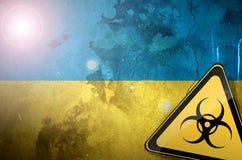 Illustrazione del pericolo del segno di rischio di inquinamento della bandiera dell'Ucraina bio- Fotografia Stock