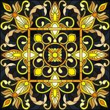 Illustrazione del vetro macchiato con l'ornamento floreale, l'oro d'imitazione su fondo scuro con i turbinii ed i motivi floreali Fotografie Stock