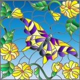 Illustrazione del vetro macchiato con la farfalla luminosa contro il cielo, il fogliame ed i fiori Fotografia Stock Libera da Diritti
