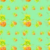 Illustrazione dell'acquerello dell'arancia e della calce nella spruzzata del succo isolata su un fondo verde Reticolo senza giunt illustrazione di stock
