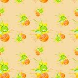 Illustrazione dell'acquerello dell'arancia e della calce nella spruzzata del succo isolata sul fondo di colore della pesca Retico illustrazione vettoriale