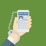 Illustrazione della metafora di dipendenza di Smartphone con la rete sociale e le manette Fotografie Stock Libere da Diritti