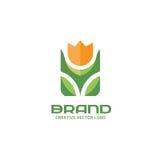 Illustrazione di concetto di logo di vettore del fiore royalty illustrazione gratis