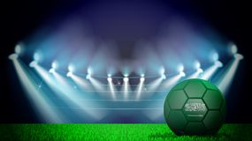illustrazione di pallone da calcio realistico dipinta nella bandiera nazionale dell'Arabia Saudita sullo stadio acceso Il vettore illustrazione di stock