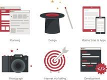 Illustrazione di pianificazione, di progettazione, dei siti mobili e delle applicazioni, macchina fotografica, Internet, vendita, Immagine Stock