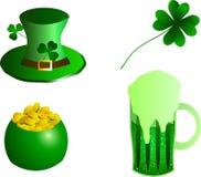 Illustrazione di vettore Cappello del giorno di St Patrick, chetyrehlistvennik, tazza di birra, vaso di oro Fotografie Stock